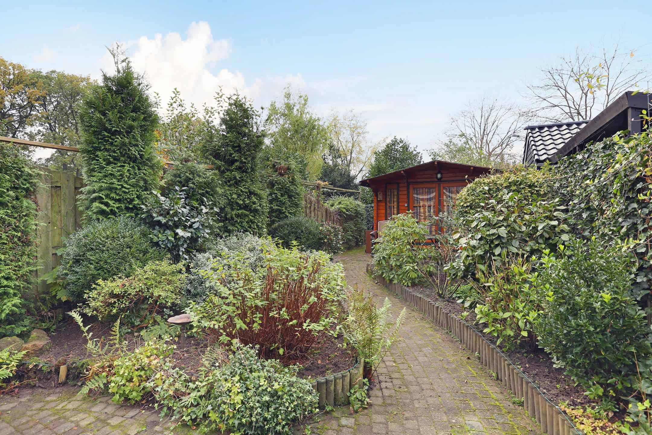 897 2160 - Verhuurde woningen in Apeldoorn (tweede fase).